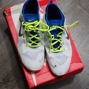 Nike sneakers (EUC)